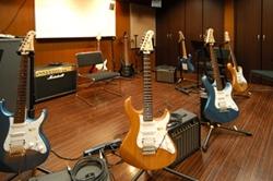 ギターレッスン室
