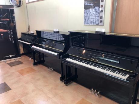 鍵盤楽器展示コーナー