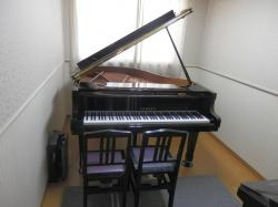 ピアノ個人レッスン室2