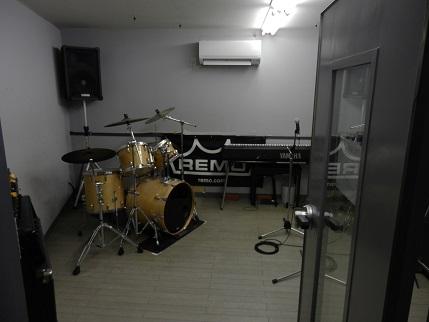 1階スタジオ(ドラム)