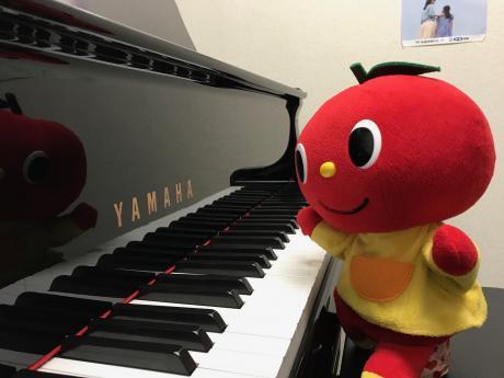 グランドピアノでレッスンしよう♪