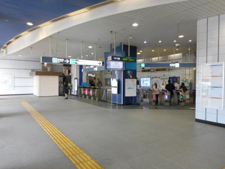 妙典駅改札