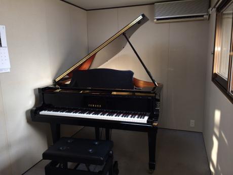 ピアノ個人レッスン部屋