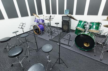 ドラム部屋