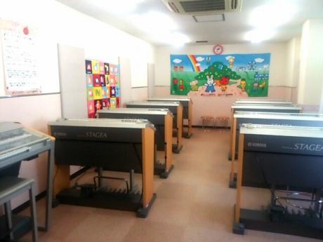 教室 (グループレッスン)