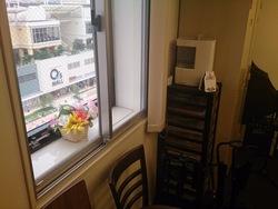 レッスン室の窓から見えるキューズモール