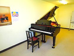 ピアノ個人レッスンルーム