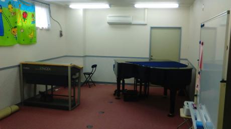 ピアノ部屋2