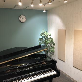 ピアノプライベートレッスンルーム