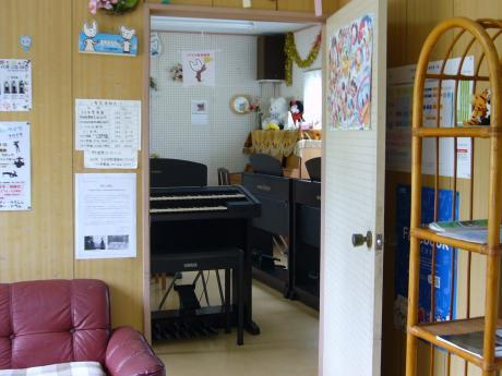 待合室から教室