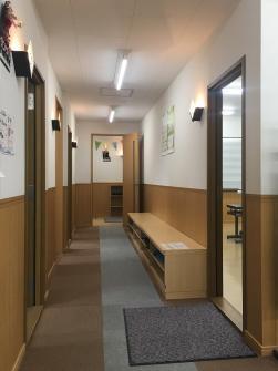 三島センター 廊下
