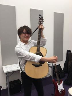 ♪ギターレッスン無料体験受付中♪