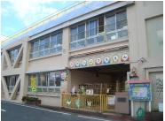 東幼稚園-園舎