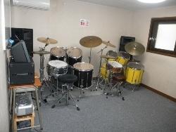 ドラム レッスン室