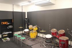 ドラム・ギターレッスン室